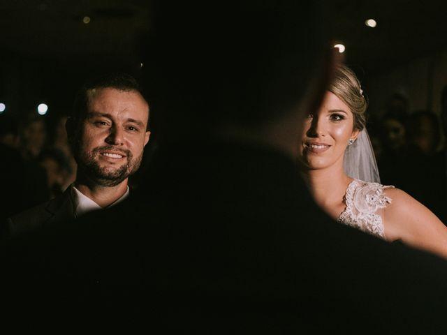O casamento de Jailton e Renata em Itapema, Santa Catarina 86