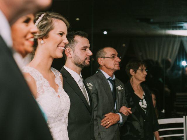 O casamento de Jailton e Renata em Itapema, Santa Catarina 89