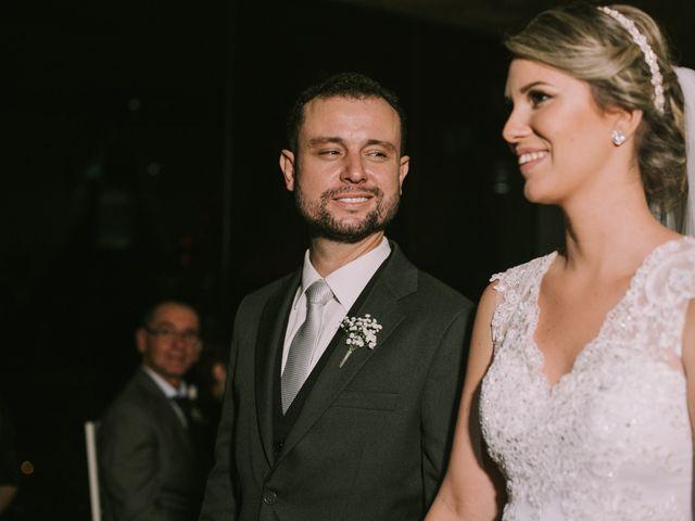 O casamento de Jailton e Renata em Itapema, Santa Catarina 96