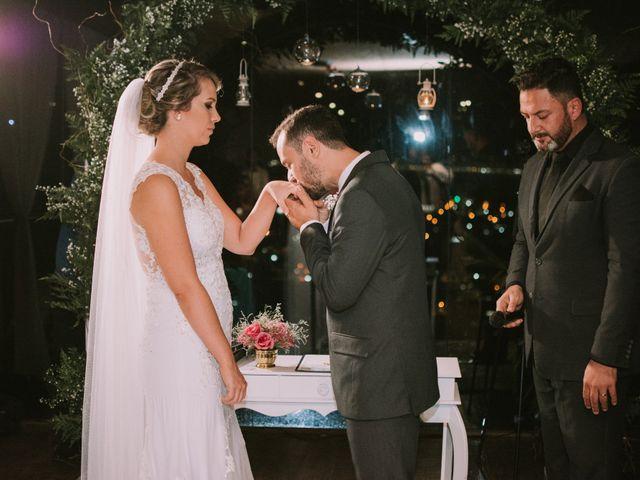 O casamento de Jailton e Renata em Itapema, Santa Catarina 103