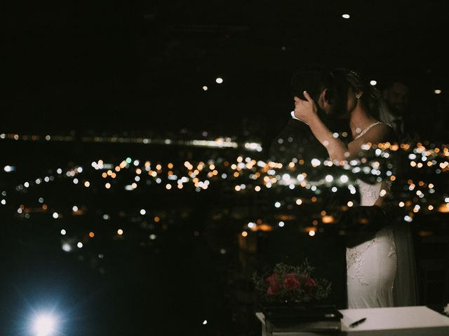 O casamento de Jailton e Renata em Itapema, Santa Catarina 107