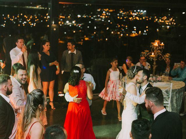 O casamento de Jailton e Renata em Itapema, Santa Catarina 128