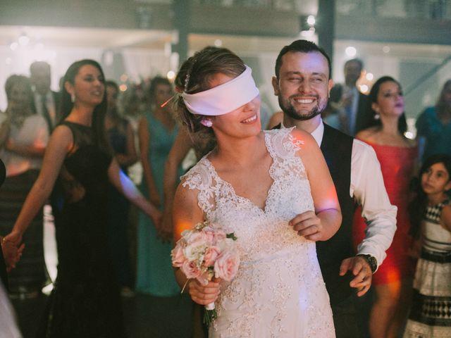 O casamento de Jailton e Renata em Itapema, Santa Catarina 135