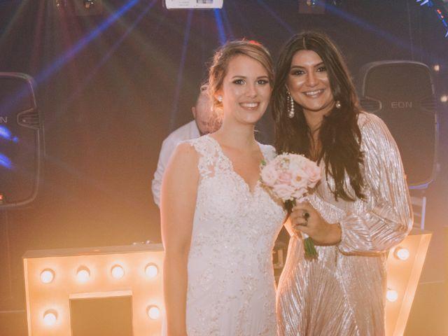 O casamento de Jailton e Renata em Itapema, Santa Catarina 137