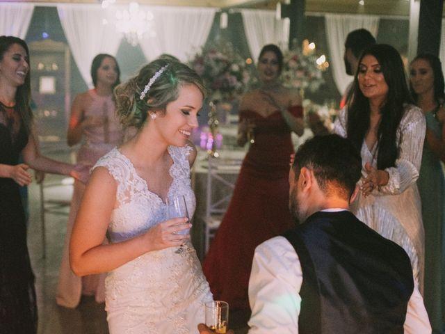 O casamento de Jailton e Renata em Itapema, Santa Catarina 145