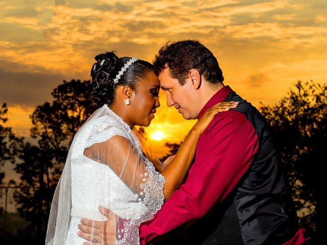 O casamento de Solange e André