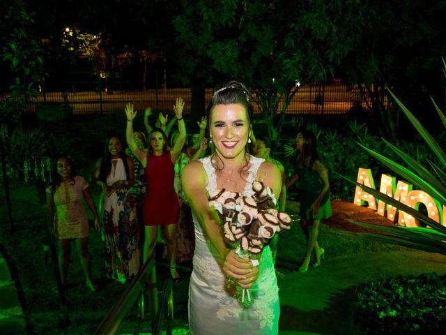 O casamento de Diego e Estela em Belo Horizonte, Minas Gerais 16