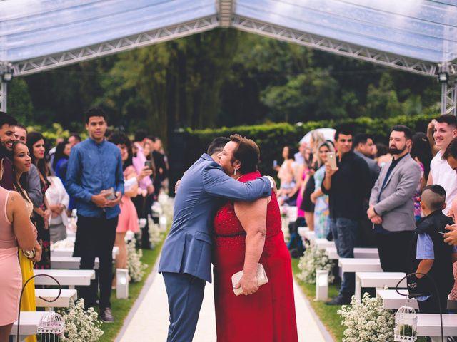 O casamento de Fernando e Natália em Joinville, Santa Catarina 18