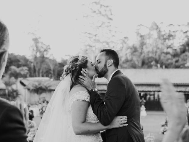 O casamento de Julie e Lyncon