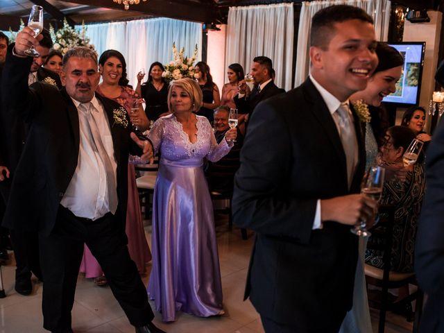 O casamento de Gabriel e Thais em Curitiba, Paraná 57