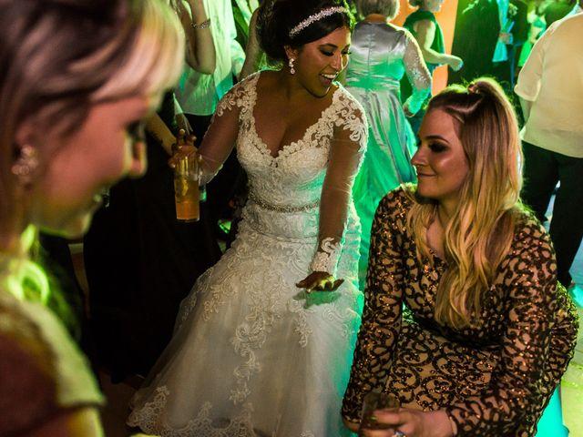 O casamento de Gabriel e Thais em Curitiba, Paraná 108