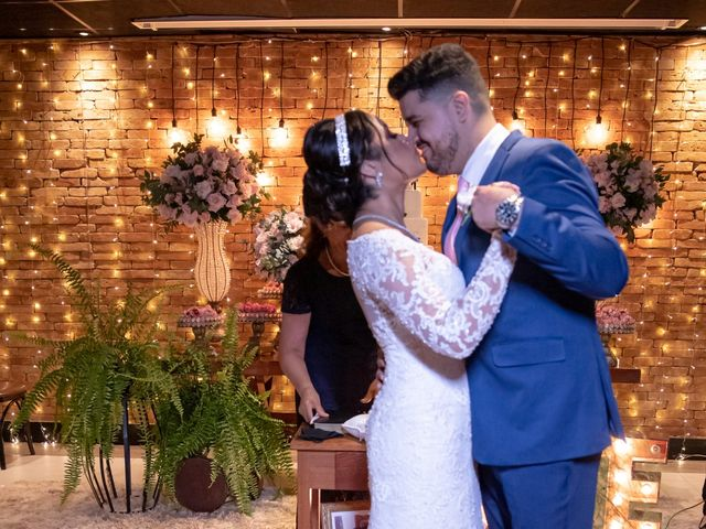 O casamento de Tallys e Julia em Brasília, Distrito Federal 32