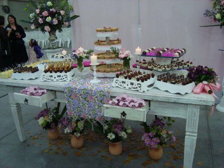 Linda esta mesa de doces
