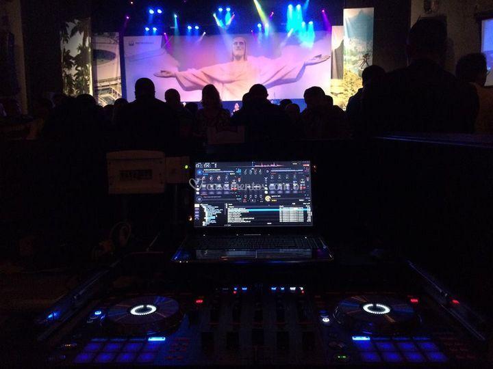 Mesa DJ Vivo Rio 2