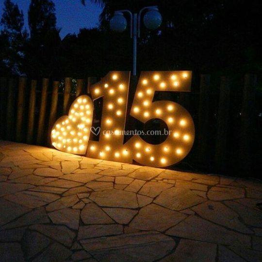 Luminoso 15 + coração