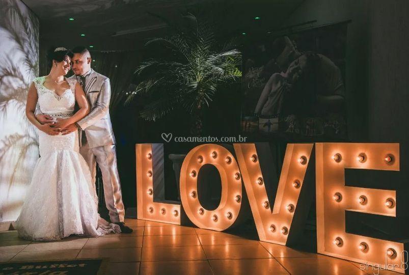Luminoso Love Letra caixa.