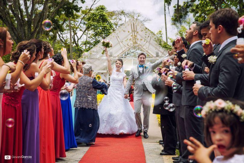Saída dos noivos do Gazebo