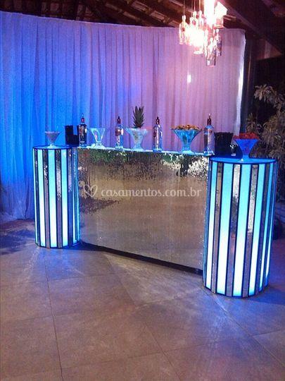 Bar espelhado