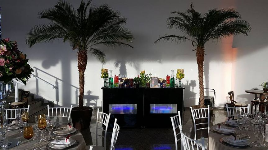 Neo Bar