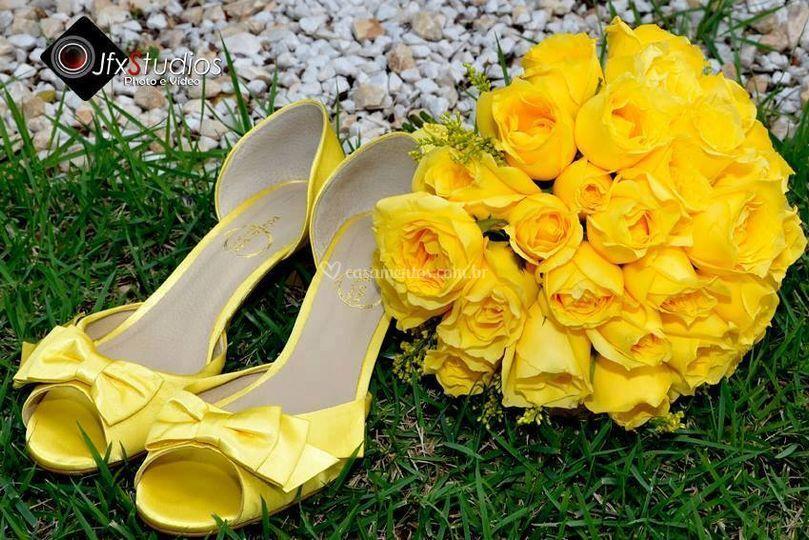 Cetim amarelo