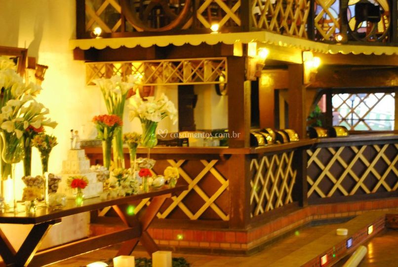 Bar e mesanino