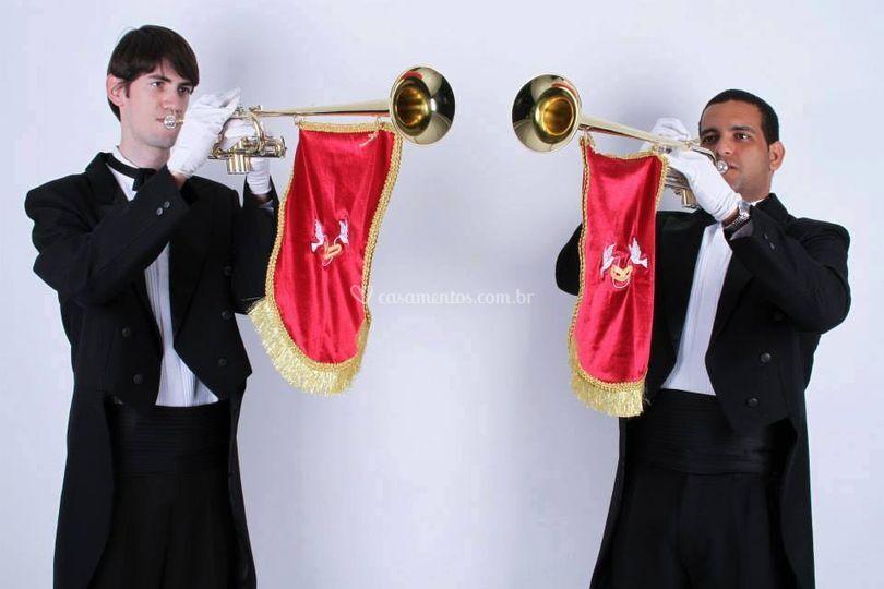 Nossos Trompetes Triunfais