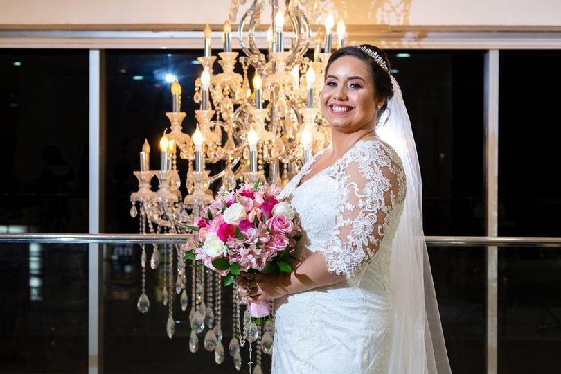 Noiva com seu buquê exclusivo