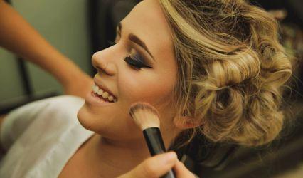 Sarah Benjamin Make up