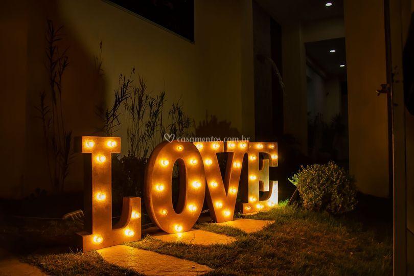Love (frente)