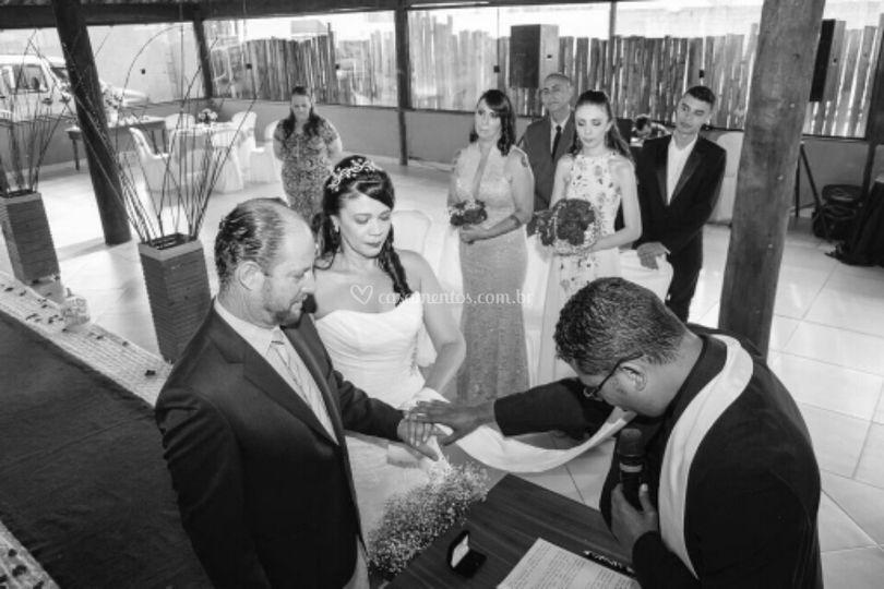 Oração e bênção ao casal