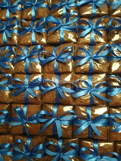 Brownie com fita de cetim