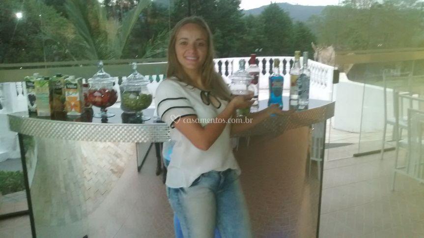 Bonnie Drinks