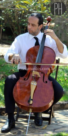 Marcos Olveira - Violoncelo