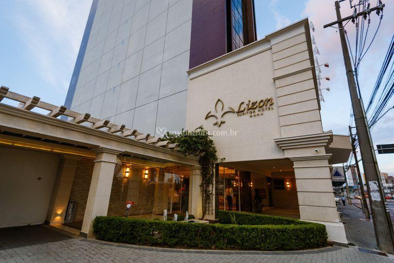 Lizon Curitiba Hotel