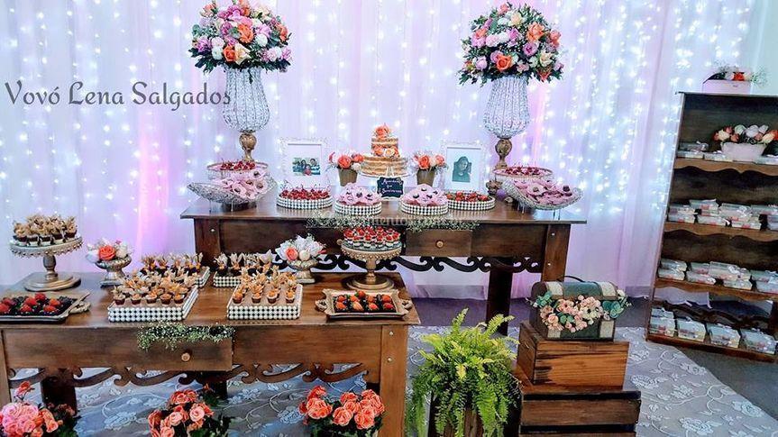 Mesa do bolo/ doces