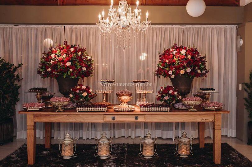Mesa de doces - Salão Cambará