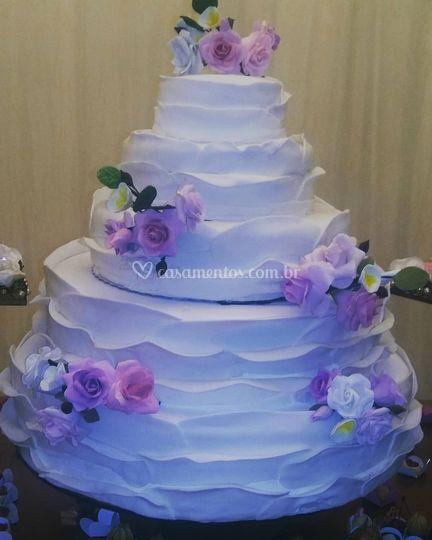 Bolo casamento flores  açucar