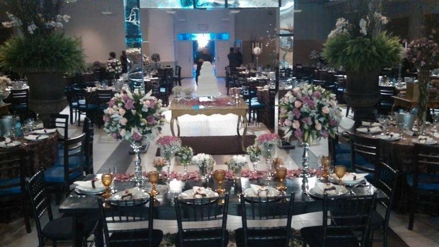 Mesa dos noivos e pais