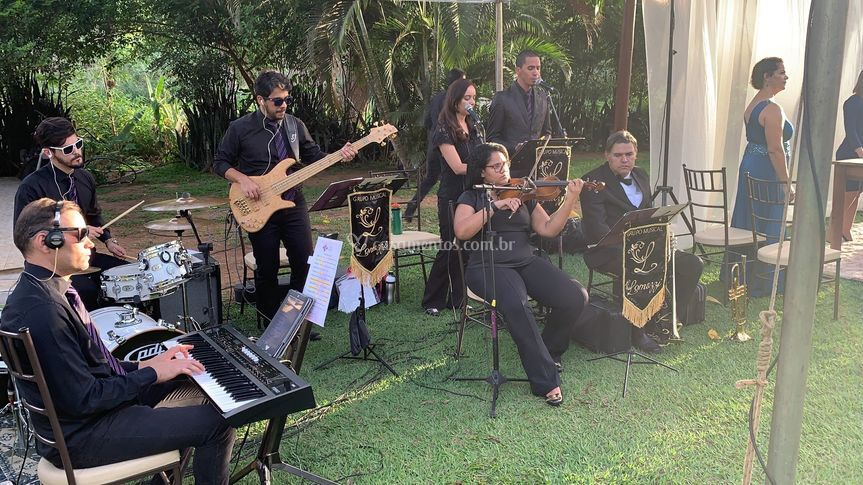 Grupo Musical Lomazzi