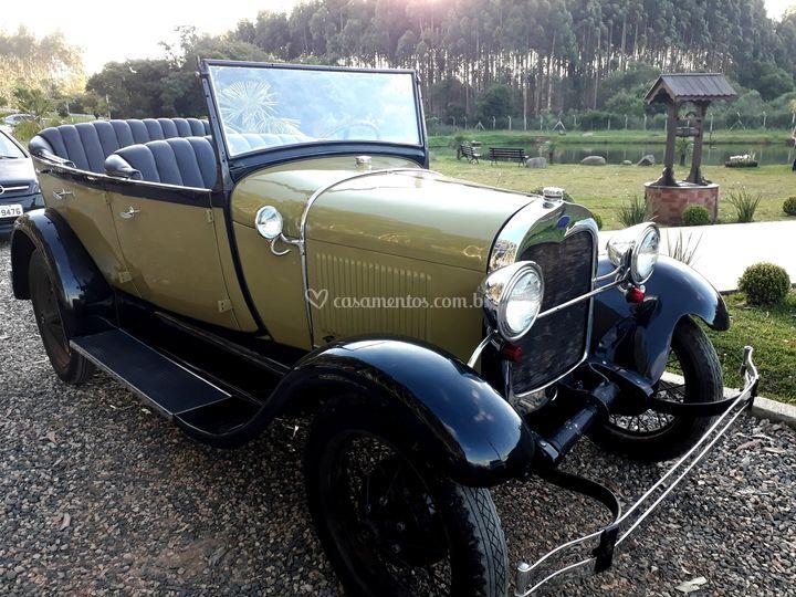 Locação de carro antigo