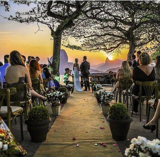 Cerimônia ao ar livre de Zéfiro Eventos