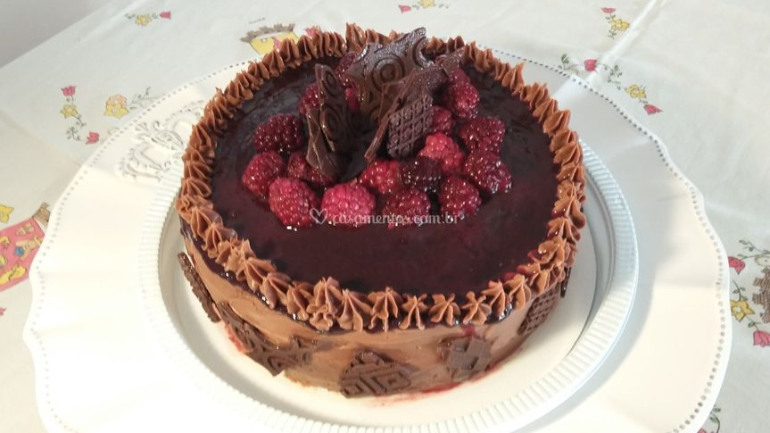 Brownie c/frutas vermelhas