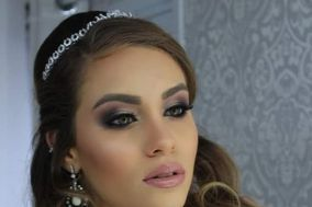 Angela Jardim Make Up