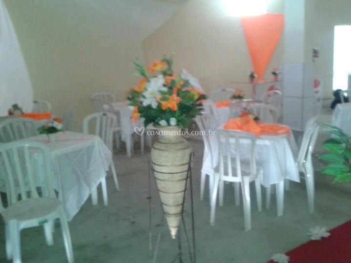 Elegantes arranjos florais