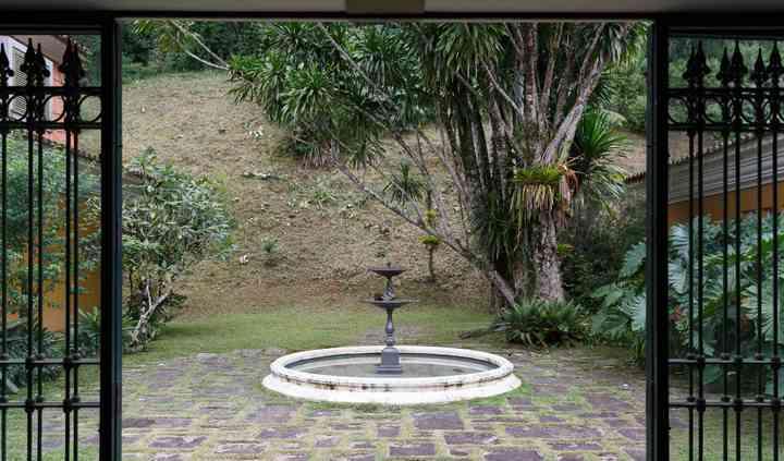 Fonte no patio interno