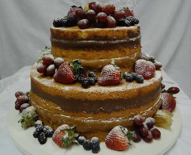 Naked Cake com Recheio de Truf