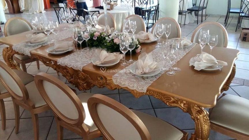 Mesa e cadeiras imperial