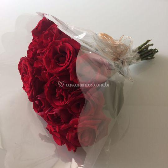 Buque de rosas vermelhas