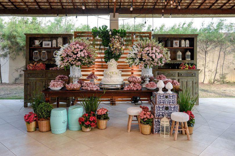 Mesa bolo e doces Casamento