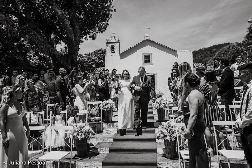 Casamento católico ao ar livre